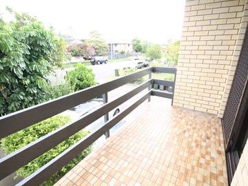 2/57 Dunellan Street, Greenslopes, Qld 4120