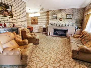 2 Redmond Street, Temora, NSW 2666