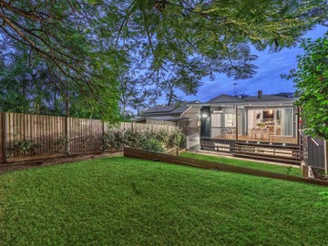 18 Dover Street, Hawthorne, Qld 4171