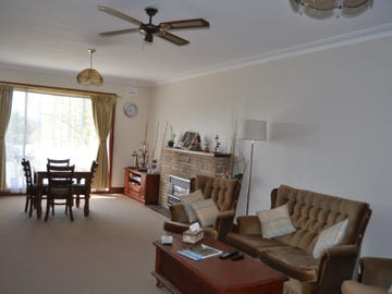 97 Russell Street, Tumut, NSW 2720