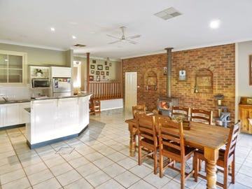 115 Hills Street, Young, NSW 2594