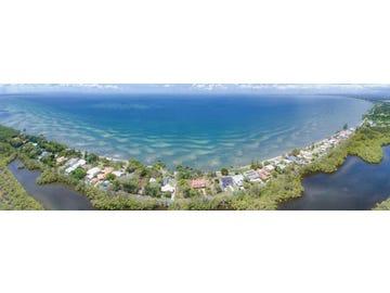 28 Bayside Drive, Beachmere, Qld 4510