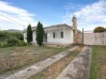 18 Mccasker Avenue, Reservoir, Vic 3073