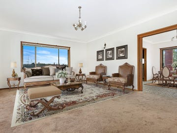 17 Myrtle Street, Coniston, NSW 2500