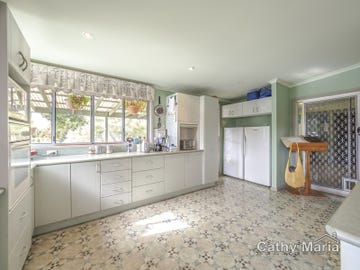 24 Yearnin Street, Gwandalan, NSW 2259