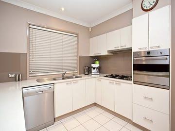 4 Roxburgh Cres, Stanhope Gardens, NSW 2768