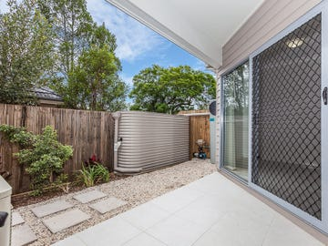 6/7 Young Street, Petrie, Qld 4502