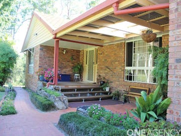 64 Hillview Drive, Yarravel, NSW 2440