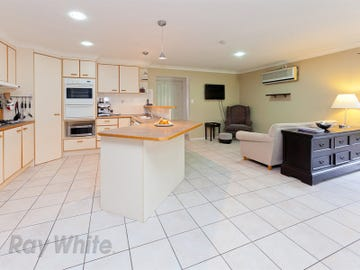 15 Streamview Cr, Springfield, Qld 4300