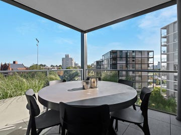 401/6A Evergreen Mews, Armadale, Vic 3143