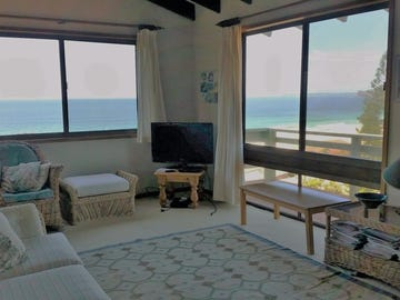 16 Headland Road, Blueys Beach, NSW 2428