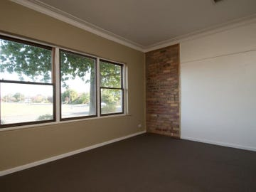 29 North Pde, Wagga Wagga, NSW 2650