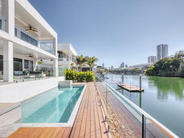 10 Lakeland Key, Broadbeach Waters, Qld 4218