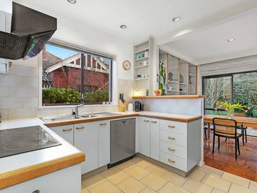 1/109 Barkers Road, Kew, Vic 3101