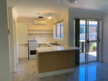 1/8 Flintwood Place, Coffs Harbour, NSW 2450