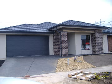 Open 1 pm SAT & SUN lot 1106 Aspire Ave, Clyde North, Vic 3978