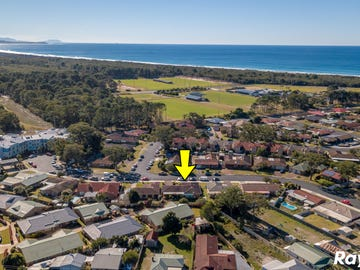 12 Flora Parade, Tuncurry, NSW 2428