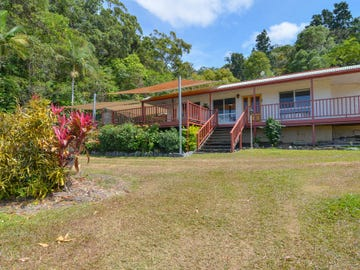 4 Seaview Court, Rocky Point, Qld 4873