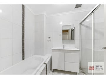 2/1-3 Howard Avenue, Northmead, NSW 2152