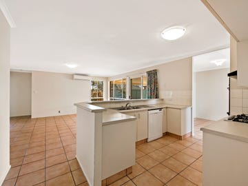 7 Connole Court, Kearneys Spring, Qld 4350