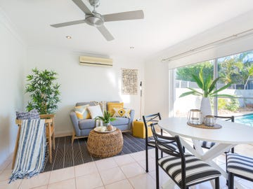 2 Rum Point Place, Runaway Bay, Qld 4216