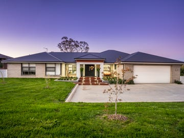 14 Connemara Drive, Orange, NSW 2800