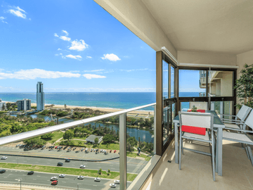 122/2 Admiralty Drive, Paradise Waters, Qld 4217