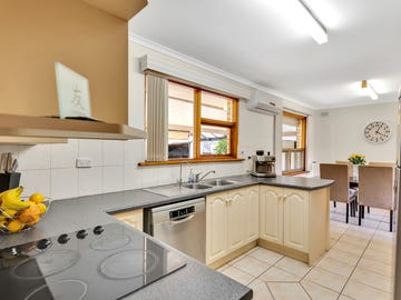 3 Creighton Avenue, Morphett Vale, SA 5162