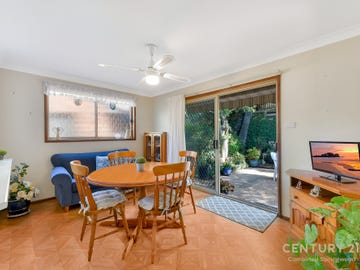 28/2 Valley Rd, Springwood, NSW 2777