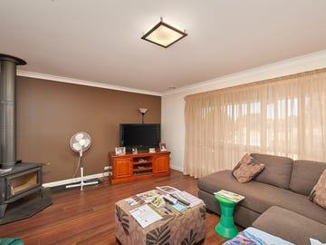 32 Booth Street, Coolamon, NSW 2701