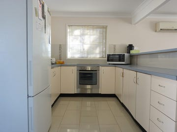 1/2 Simpson Terrace, Singleton, NSW 2330