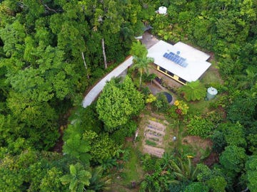 7 Buchanan Creek Road Cow Bay, Daintree, Qld 4873