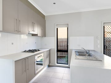 2/25 Powell Drive, Hoppers Crossing, Vic 3029