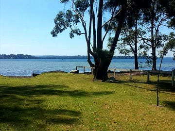 14 Island Point Rd, St Georges Basin, NSW 2540