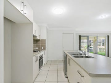 25 Rutherford Circuit, Gilston, Qld 4211