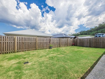7 Stoneyway Ave, Maudsland, Qld 4210