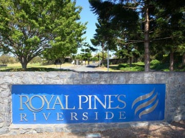 9012 Royal Pines Resort, Benowa, Qld 4217