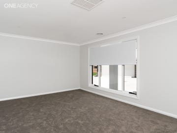 2/8 Wylie Court, Boorooma, NSW 2650