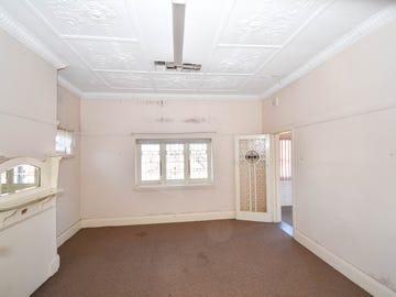 229 Stewart Street, Bathurst, NSW 2795