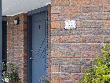 34 St Helens Street, Lindisfarne, Tas 7015