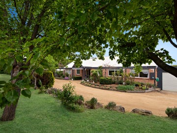 29 Outlook Lane, Gisborne, Vic 3437
