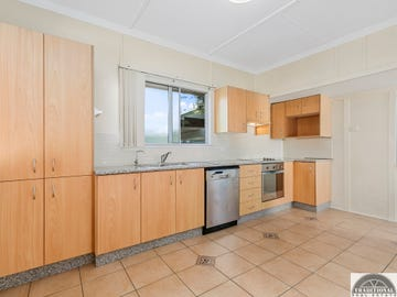 89 Blackwood Road, Manly West, Qld 4179