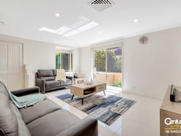 1/19 Davina Crescent, Cecil Hills, NSW 2171