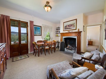 17 Old Great Western Highway, Hartley, NSW 2790
