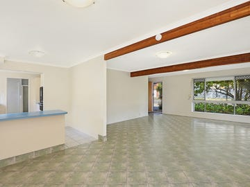 2/112 Esplanade, Golden Beach, Qld 4551