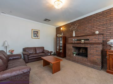 7 Burran Court, Maida Vale, WA 6057