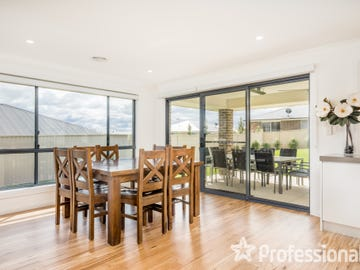 76 Wentworth Drive, Kelso, NSW 2795