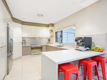 18 Stuart Street, Blakehurst, NSW 2221