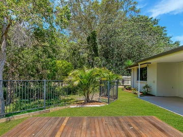 12 Bream Place, Redland Bay, Qld 4165
