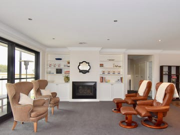 36 Newcombe Street, Cowra, NSW 2794